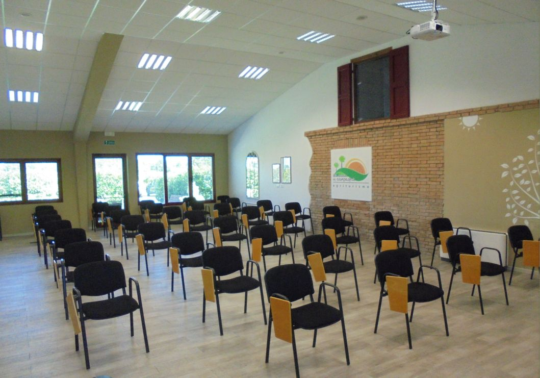 Corso intensivo con 30 posti più relatore